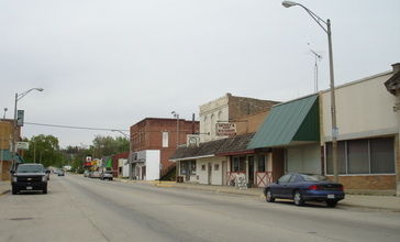 Seneca_IL_Downtown1.jpg