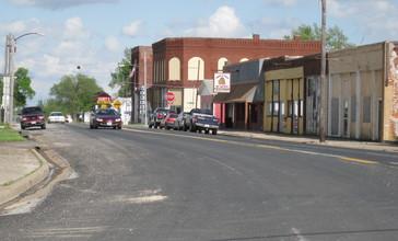 State_Street_LaBelle_Missouri.jpg