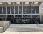 Glendale_Central_Library_entrance__June_2018.jpg
