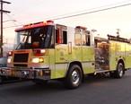 Glendale_Fire_Department_truck_in_Burbank_2015-01-19.jpg