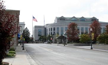 Downtown_Edwardsville_Illinois.jpg