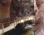 A086__Catwalk_National_Recreation_Trail__Gila_National_Forest__Glenwood__New_Mexico__USA__2004.jpg