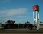 Googie_Architecture_in_Glasgow__MT_6-2012.jpg