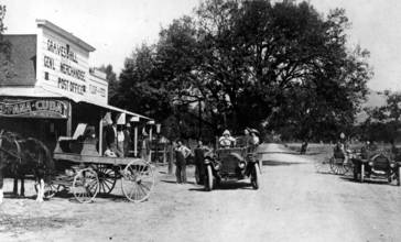 Graves_and_Hill_General_Store__circa_1911__CHS30_.jpg