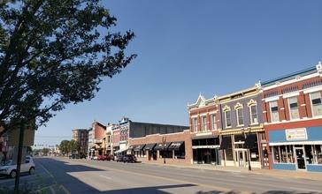 Downtown_Ottawa__Kansas_historic_district.jpg
