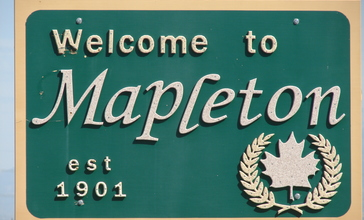 Welcome_to_Mapleton_sign.JPG