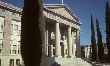 Kingman_courthouse.jpg