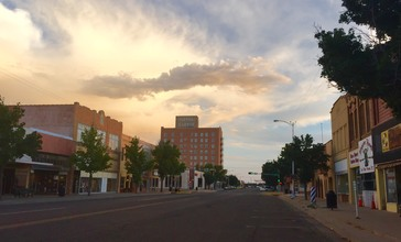 Downtown_Clovis_Evening_Sky.jpg