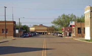 Hinsdale__Montana._Montana_Street_looking_north.jpg