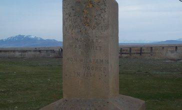 Monument_for_first_house_in_Hooper__Utah__Mar_10.jpg