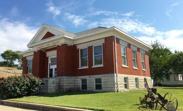 Carnegie_Free_Library__Burlington__Kansas__corner_view_.jpg