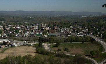 Hollidaysburg_Pennsylvania_skyline.jpg