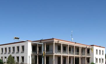 Carlsbad_New_Mexico_Municipal_Building.jpg