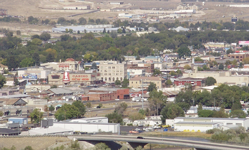 2012-09-30_14_28_33_View_of_downtown_Elko_in_Nevada_from_a_bluff_to_the_south.jpg