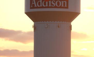 Addison__Illinois_Water_Tower.JPG