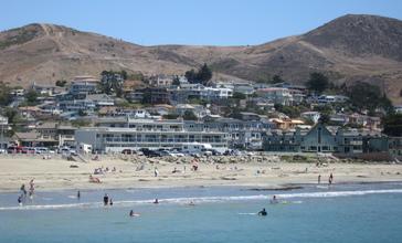 Cayucos_CA_-_beach.jpg