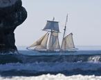 Lynx_schooner_in_Morro_Bay.jpg