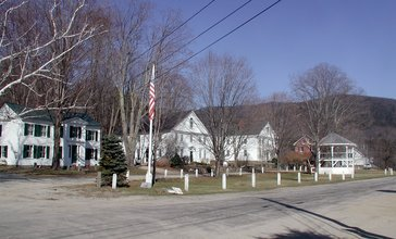 Wentworth_Common_Houses.JPG