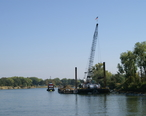 West_Sacramento__CA__Riverbank_Stabilization__2006_-_panoramio__1_.jpg