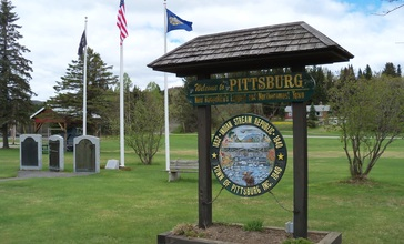 Pittsburg_NH_park.JPG