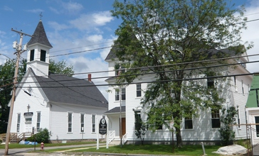 Center-conway-town-hall-united-methodist-church.JPG