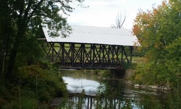 Lord_s_Creek_Covered_Bridge.jpg