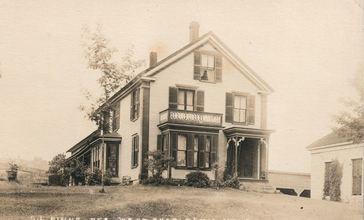 G.L._Kinne_House_in_West_Charleston__Vermont.jpg