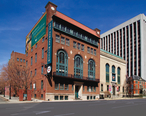 Newark_Museum_Facade.jpg