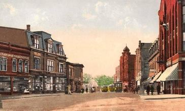 Lincoln_Square_and_Main_Street__Milford__MA.jpg