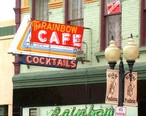 Rainbow_Cafe_exterior_in_downtown_Pendleton__OR.jpg