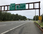 2018-09-12_15_33_04_View_south_along_New_Jersey_State_Route_444__Garden_State_Parkway__at_Exit_67B__Ocean_County_Route_554_WEST__Pemberton__in_Barnegat_Township__Ocean_County__New_Jersey.jpg