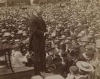 1902_TeddyRoosevelt_in_Haverhill_Massachusetts_LC_1s01959u.jpg