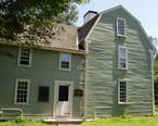 Putnam_House__Danvers__Massachusetts_-_side_view.JPG