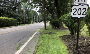 2018-07-28_11_38_43_View_south_along_U.S._Route_202__Littleton_Road__at_Malapardis_Road_in_Morris_Plains__Morris_County__New_Jersey.jpg