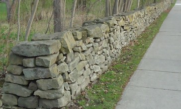 City_of_Norwich_in_New_York_State_16_rock_wall.jpg