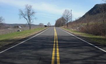 Pennsylvania_Route_239_in_Wapwallopen.JPG