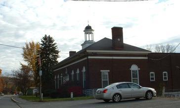 Lanesborough_Town_Hall.JPG