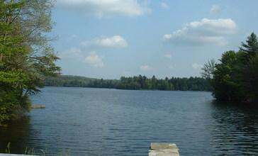 Hinsdale_-_Ashmere_Lake.JPG