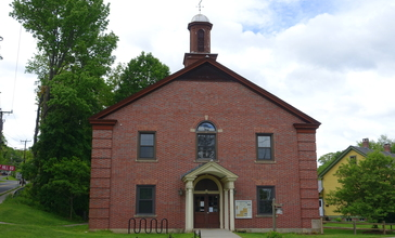 Conway_Town_Hall_-_Conway__Massachusetts_-_DSC06408.jpg