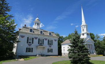 Town_Hall_and_First_Congregational_Church__Royalston_MA.jpg