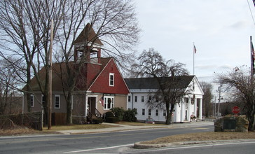 Taft_Public_Library_and_Mendon_Town_Hall__MA.jpg