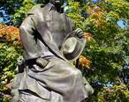 Nathaniel_Hawthorne_statue_-_Salem__Massachusetts.JPG