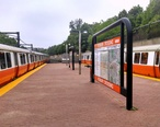 Orange_Line_trains_at_Roxbury_Crossing__May_2014.jpg
