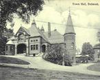 PostcardBelmontMATownHall1913.jpg