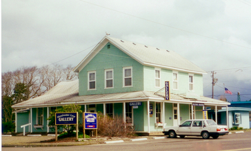 Taylor_Hotel_Building_Ocean_WA_3-25-2000.jpg