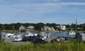 Bass_River_Massachusetts.jpg