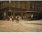 Young_messenger_in_New_Bedford._LOC_nclc.03743.jpg