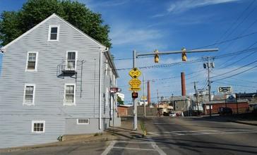 Central_Falls_Street.jpg
