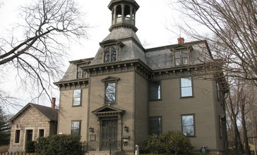 Kings_County_Courthouse__Kingston_Free_Library_.jpg