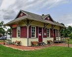 Depot_at_Eastern_Shore_Railway_Museum__Parksley__VA__August_2014.jpg